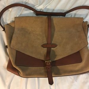 Coach Briefcase. I like new condition.